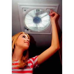 Turbo vent Lanterneaux équipé d'un ventilateur et thermostat polar control pour camping-car et caravane